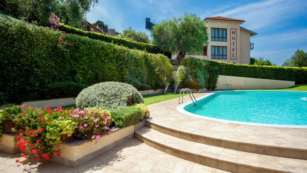 Hotel-Residence-Valle-del-Buttero-Capalbio-pool-43