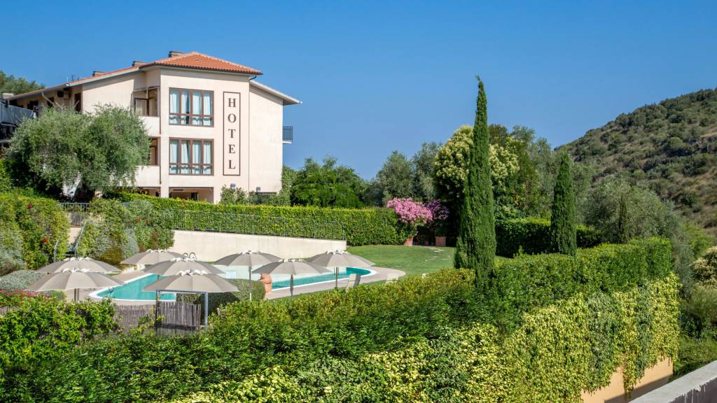 Hotel-Residence-Valle-del-Buttero-Capalbio-pool-91