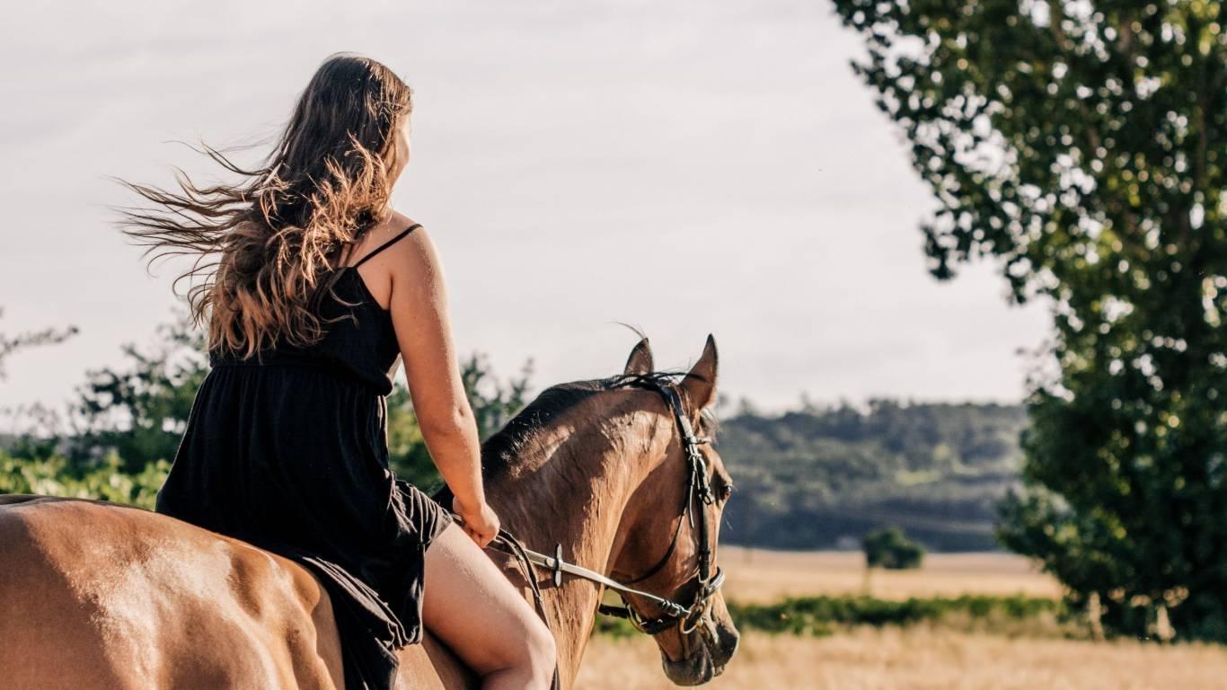 Hotel-Residence-Valle-del-Buttero-Capalbio-esperienze-sport-cavallo