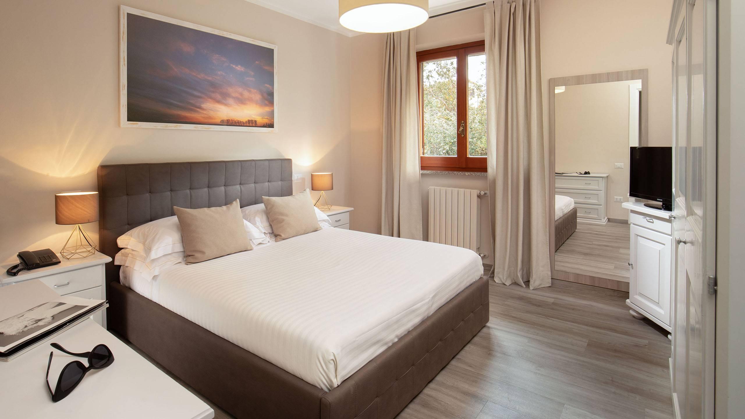 Hotel-Residence-Valle-del-Buttero-Capalbio-Camere-2021-Superior-Primo-Piano-letto-2