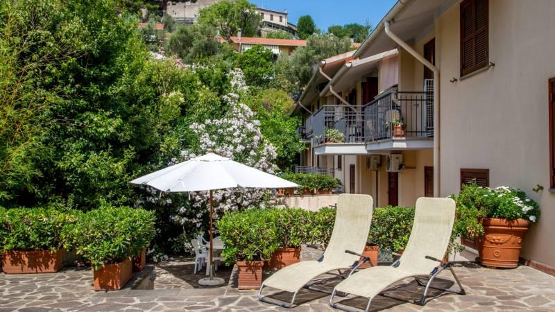 Hotel-Residence-Valle-del-Buttero-Capalbio-garden-118
